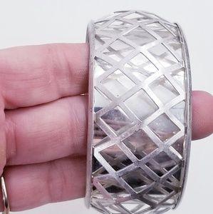 JESSICA SIMPSON Lattice Bangle Bracelet Silver